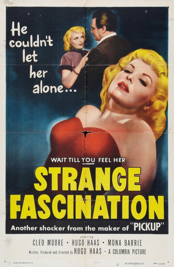 Affiche du film Strange Fascination